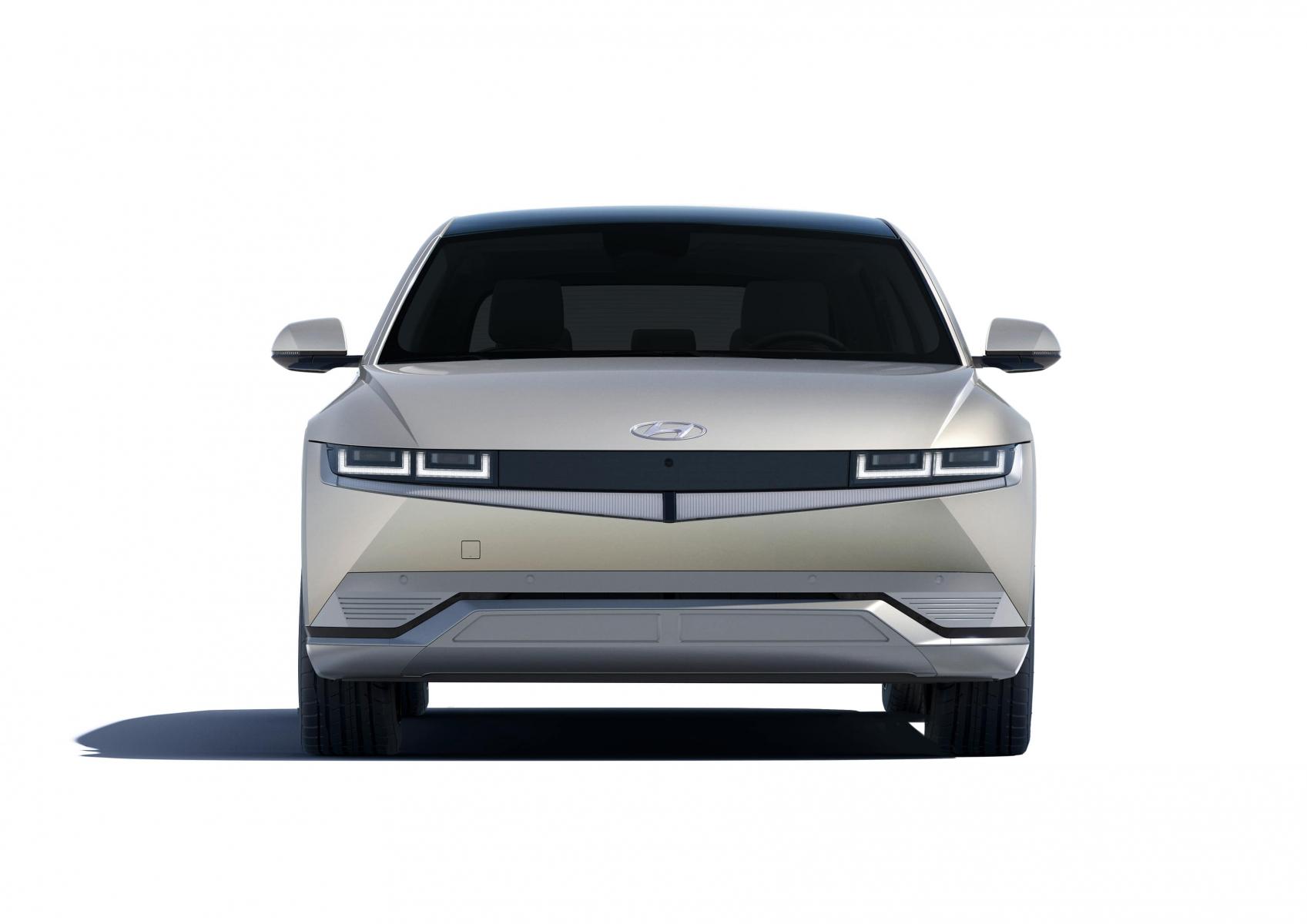 Hyundai IONIQ 5 переосмислює спосіб життя з електричною мобільністю   Дар-Авто - фото 11